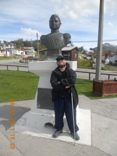 Bust of Bernardo O'Higgins.
