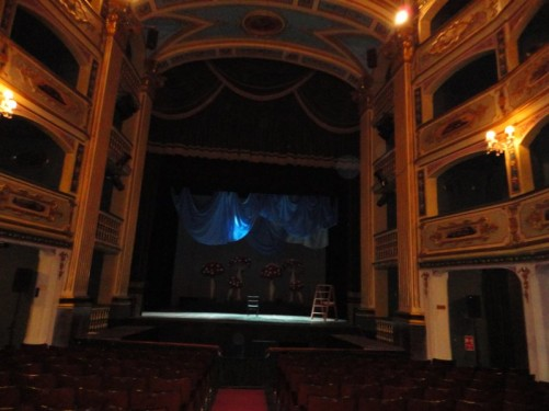 Looking towards the stage. Manoel Theatre.
