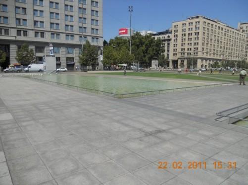 View across Plaza de la Ciudadanía (Citizenry Square), a new public square on the south side of the Moneda Palace.