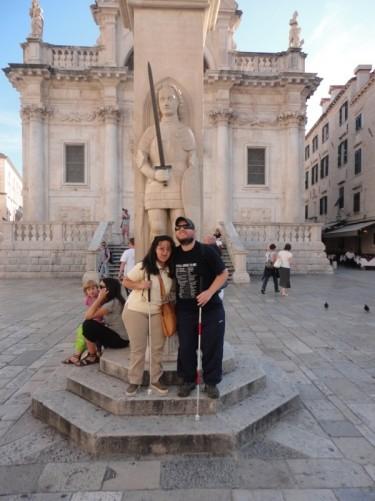 Tony and Tatiana in front of Orlando's Column.