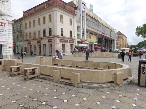 Looking along a street off the north-east corner of Victory Square towards Iancu Huniade Square (Piața Iancu Huniade).