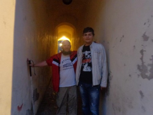 Tony and Leo on narrow Rope Street.