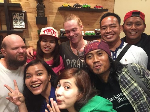 Tony with Emy, Dwi, the couchsurfer from Germany, and four others, locals from West Kalimantan.
