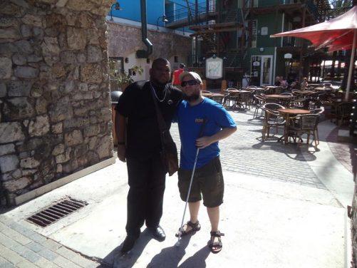 Tony with a local guy at Rif Fort, Otrobanda.