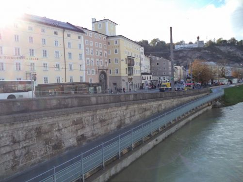 Buildings along the river on the south side of Staatsbrücke.